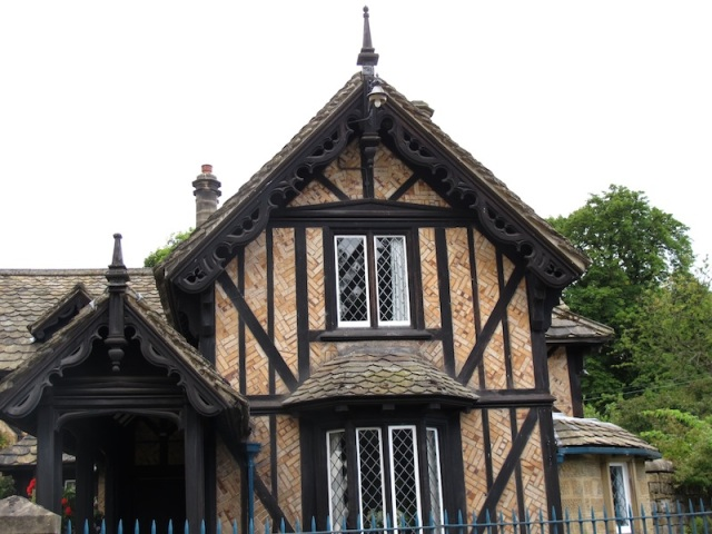 Another half-timbered house with Herringbone brick infill.