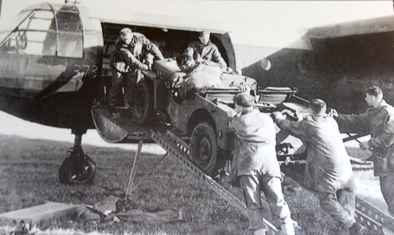 15 WW2 Unloading jeep from glider