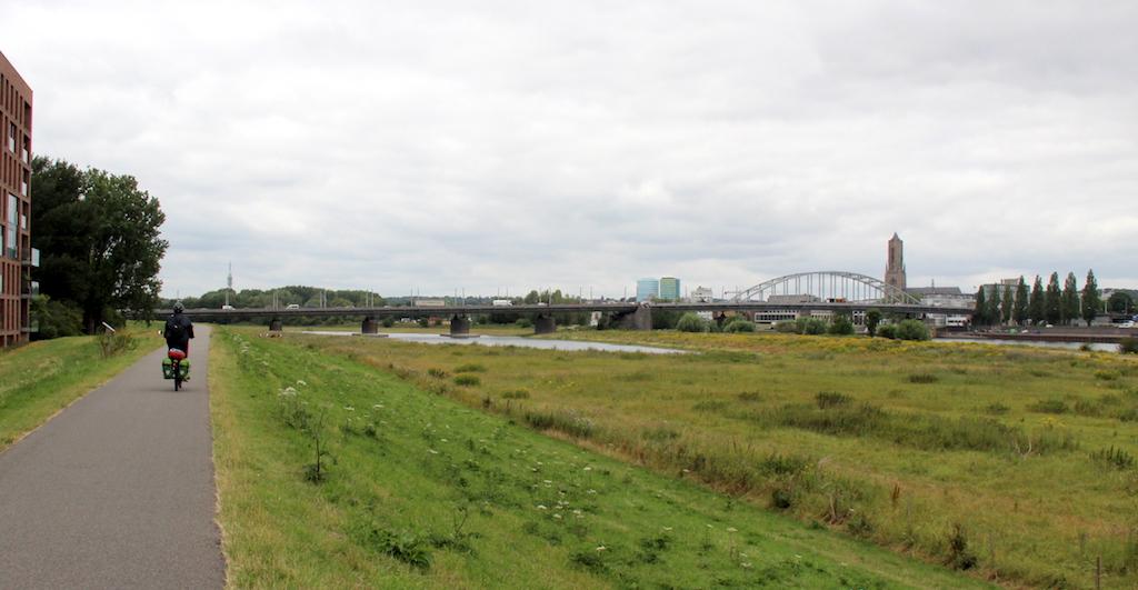 18 Riding towards Arnhem