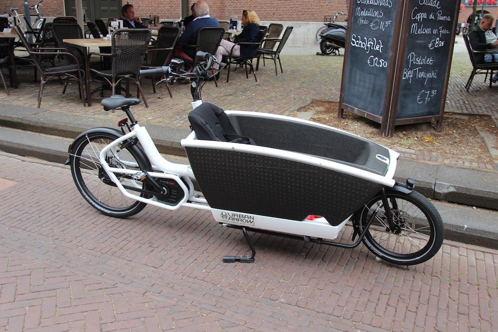 37 Dutch Urban Arrow Cargo bike